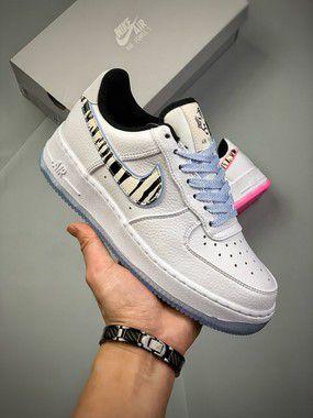 "Tênis Nike Air Force 1 ""White Tiger"""