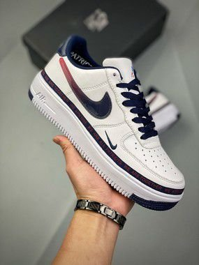 """Tênis Nike Air Force 1 Low Ultra """"New England Patriots"""""""