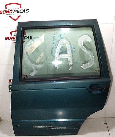 Porta traseira esquerda do Fiat Uno 4 portas