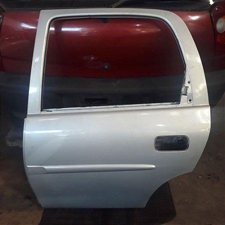 Porta traseira esquerda Corsa 96 á 2003 original