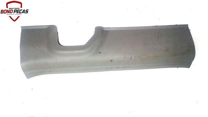 Soleira frontal direita do Honda Civic 2012 á 15