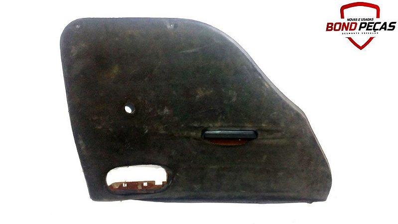 Forro de porta traseira lado esquerdo do Corsa 4 portas