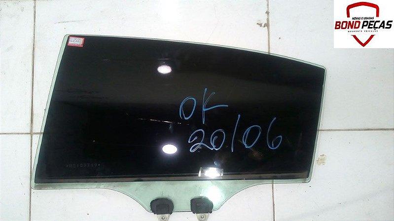 Vidro da porta traseira lado esquerdo do Honda Civic 02 á 05 4 portas