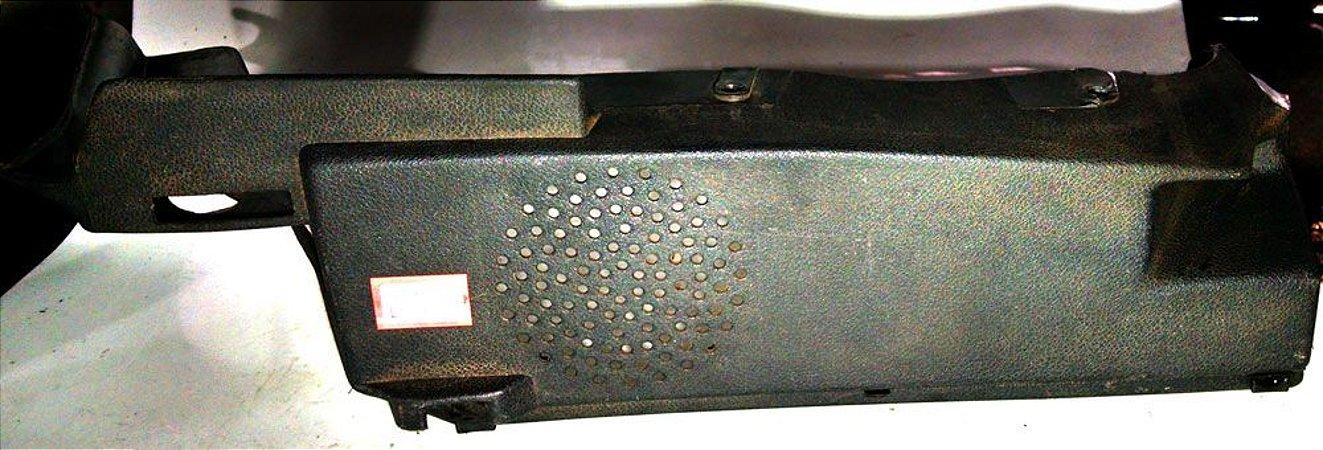 Suporte  do tampão - bagagito direito Fiat Uno 97 a 2006