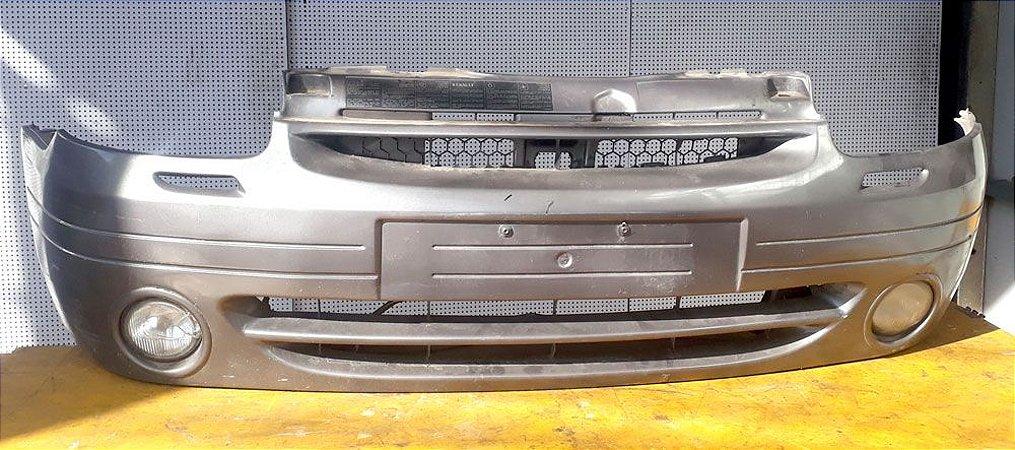 Parachoque dianteiro com Milha Original do Renault Clio