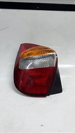 Lanterna traseira esquerda Fiat Palio 2003/08
