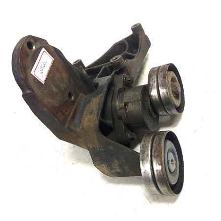 Suporte compressor e bomba hidráulica Astra 1995 á 2000