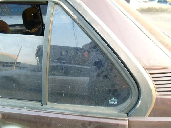 Vidro fixo porta traseira esquerda original Monza 91 à 96
