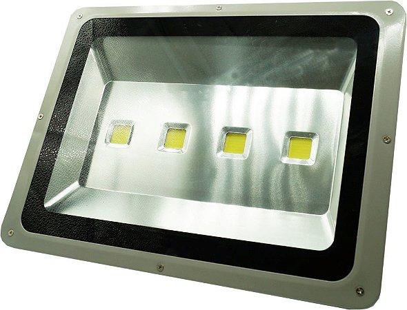 REFLETOR LED 200 WTS BRANCO FRIO / CARCAÇA CINZA