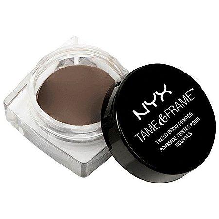 Nyx Pomada P/ Sobrancelha Cor: Chocolate
