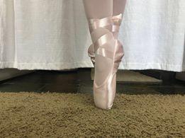 Sapatilha de Ponta para Ballet Intermediario Modelo C32 Capezio