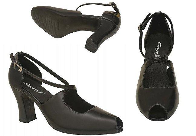 Sandália para Dança de Salão com Recorte no Peito do Pé Capezio CJ28