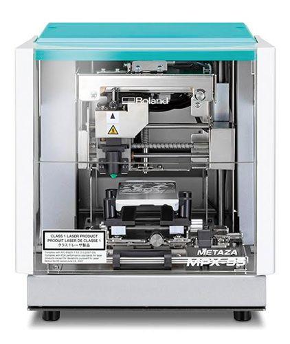 Impressão de foto por impacto - Roland  MPX-95 (METAZA)