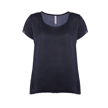 Blusa Plus Size Básica Cetim