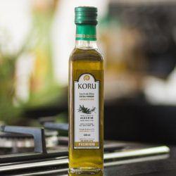 KORU BRASIL - Azeite Extra Virgem Premium Aromatizado com Alecrim (250 ml)