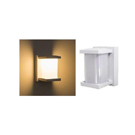 Arandela Quadrada LED 10 Watts Branca Bivolt - IP65
