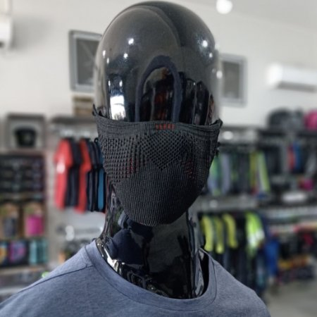 MASCARA DE PROTEÇÃO - PRETA COM VERMELHO