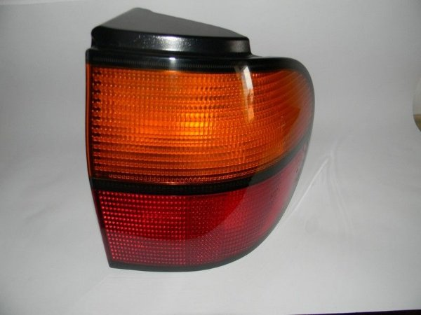 Lanterna  Hella VW Sharan 1995 /2000 S/Soquete (bicolor)