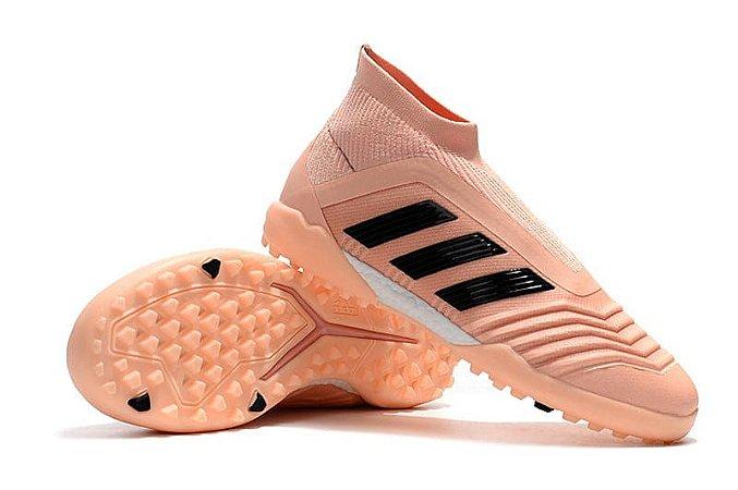 Chuteira Adidas Society Predator 18 Rosa Bebê (Cano alto)