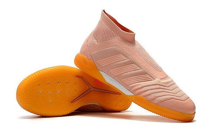 e4a484e82f9 Chuteira Adidas Predator 18 Futsal Rosa Bebê (Cano alto) - Loja ...
