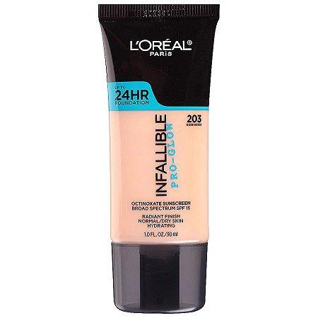 L'Oreal - Base Infallible Pro-Glow - 203 - Nude Beige