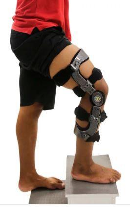 Joelheira brace com abertura - ortho pauher – ref.: ac308
