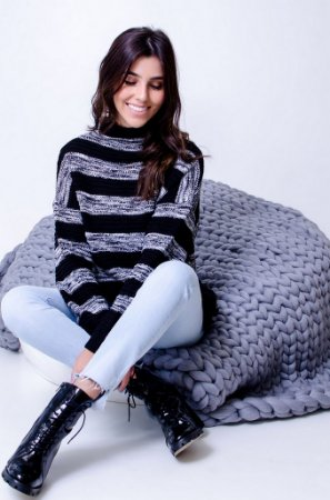 Blusa Maxi Tricot Comphy Black Stripes