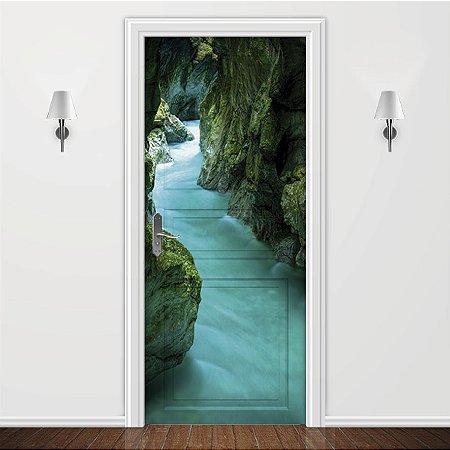 Adesivo para Porta Caverna Caminhos das águas