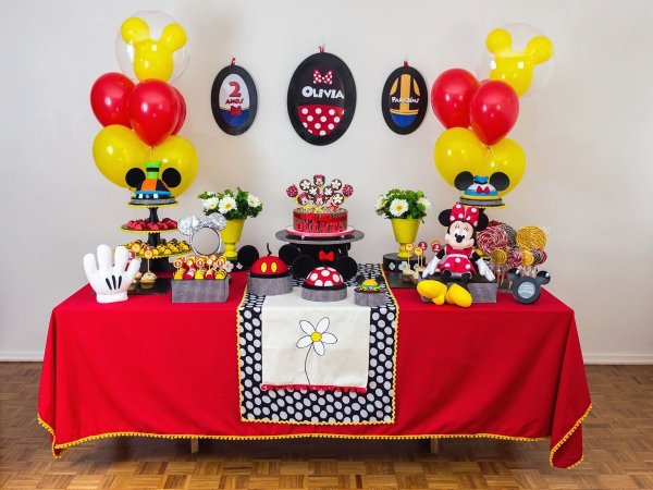 Festa Minnie Vermelha - Aluguel de Decoração