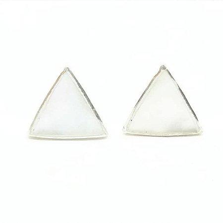 Brinco madrepérola triângulo primeiro furo