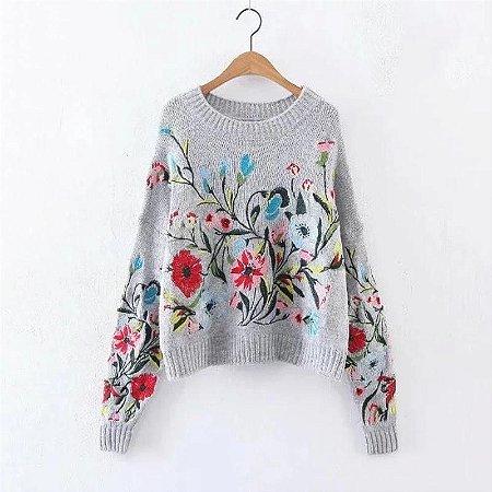 Suéter de Luxo Bordado