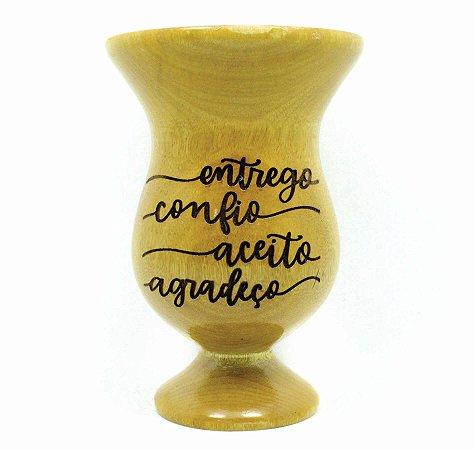 Cuia Personalizada tipo Taça em Madeira Grapiá