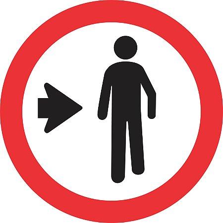 Placa de Regulamentação - R-31 - Pedestre Ande Pela Direita