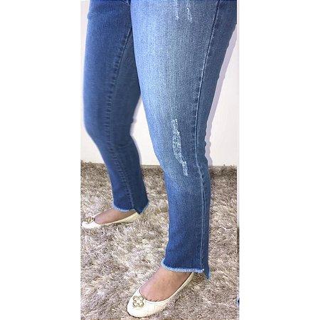 Calça Jeans Barra Desfiada Matterna