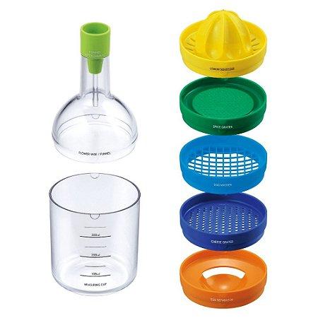 Garrafa Multiuso 8 em 1 Funil Separador de Gemas Ralador de Queijo e Especiaria Espremedor Plástico