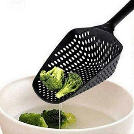 Colher Escorredor de Macarrão Massas e Legumes Pá em Nylon Peneira Coador 30cm Utensilio de Cozinha