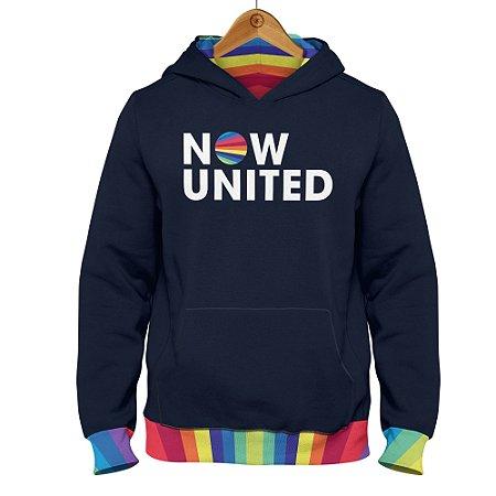 Moletom Now United - Logo Barra Colorida - Azul Marinho