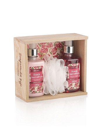 Kit Vini Lady Rosas Vermelhas Loção Hidratante Corporal 340gr + Sabonete Líquido Corpo e Rosto 350ml + Bucha Sintética de Banho