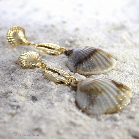 Maresia - Concha com búzios Dourado