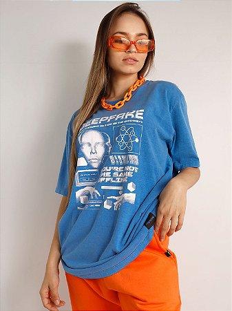 Camiseta Boyfriend Deepfake Azul Royal