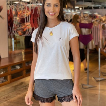 Short Doll Confy T-shirt Roma branca + Short Mescla