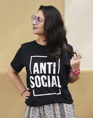 Camiseta Unissex Anti Social