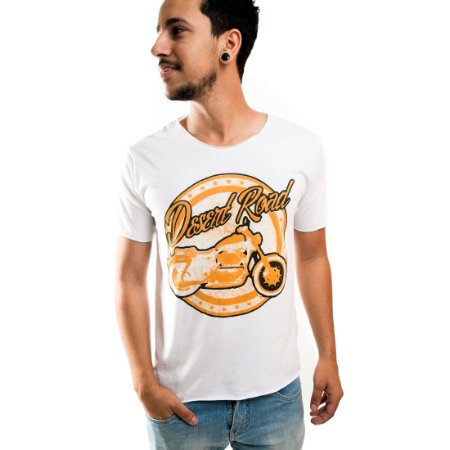Camiseta Masculina T-Shirt Gola a Laser Estampada Branca Desert Road