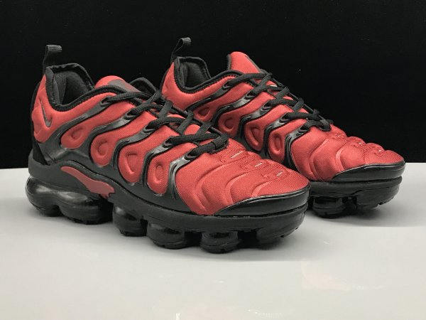 08fcbf26b7 Tenis Nike AIr Vapormax Plus vermelho e preto masculino 38-43 - airmaxes