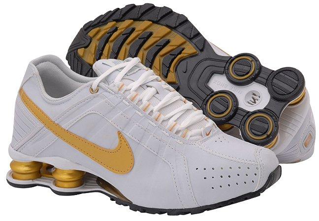 79bfd5d211a7 Tênis Nike Shox Junior. Masculino - Branco