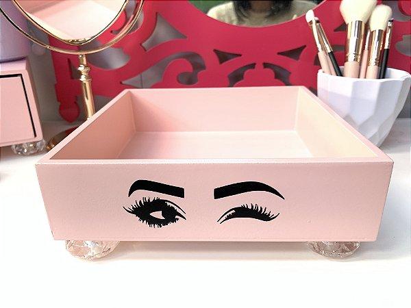 Bandeja Cilios Olhar Rosa blush com pé de acrílico