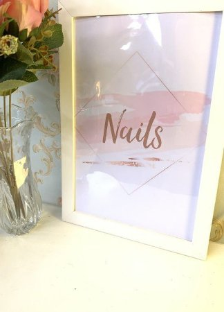 Quadro Nails Rose Moldura Branca