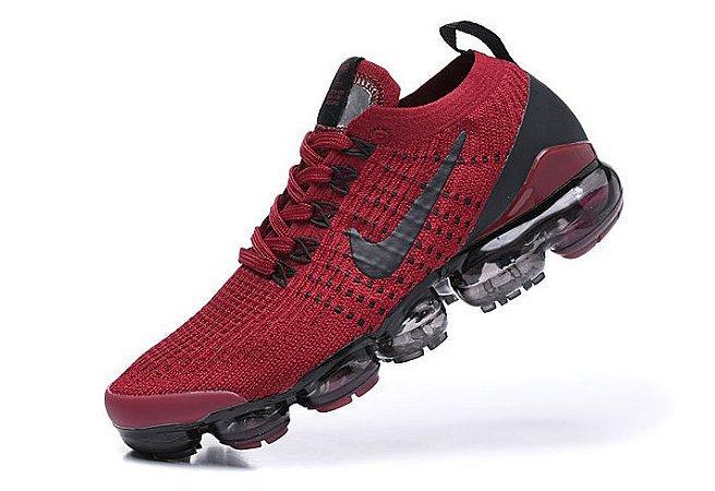 Tênis Nike Air VaporMax 3 - Vermelho e Preto