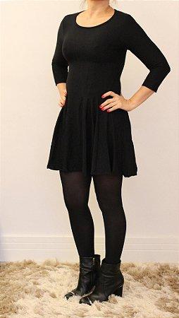 Vestido curto manga longa preto