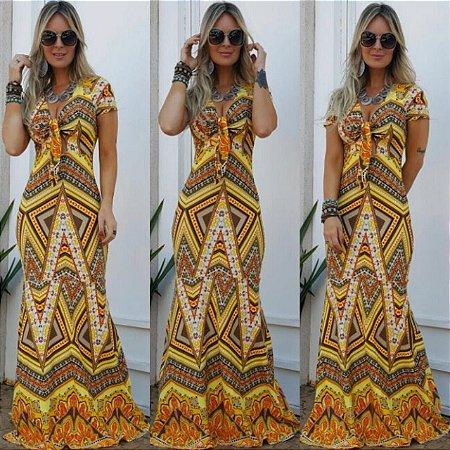 Vestido longo sereia com estampa em tons de amarelo